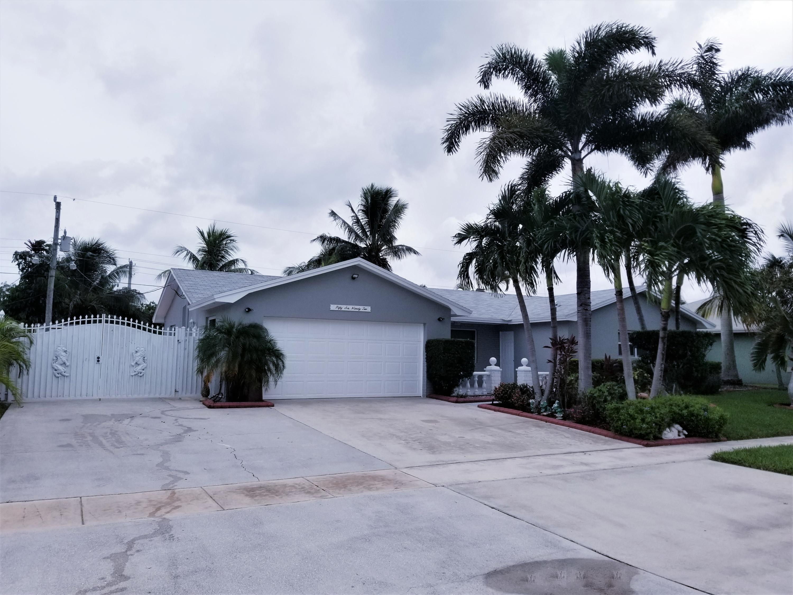 5692  Orchard Way  For Sale 10738556, FL