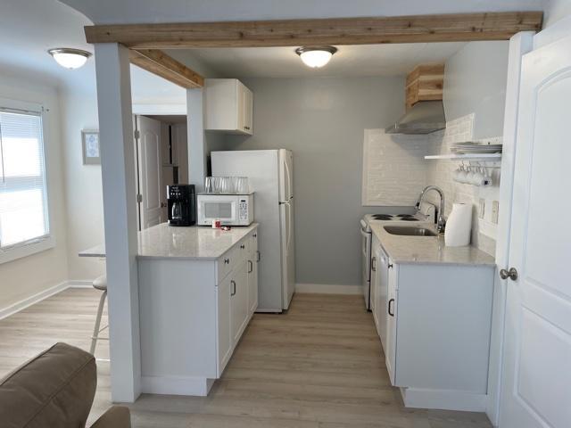 cottage-kitchen area 3