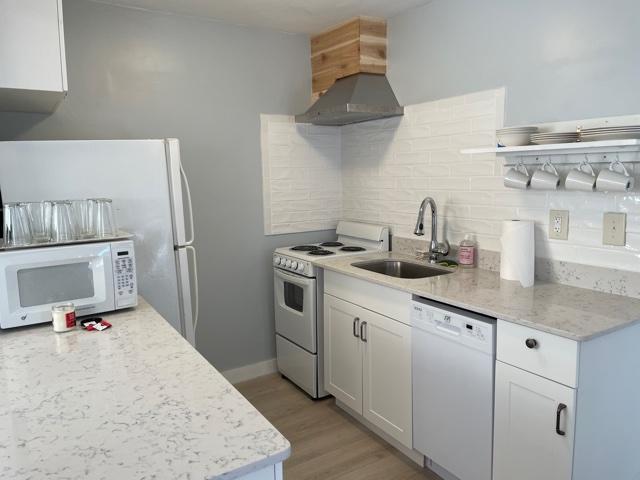 cottage-Kitchen area