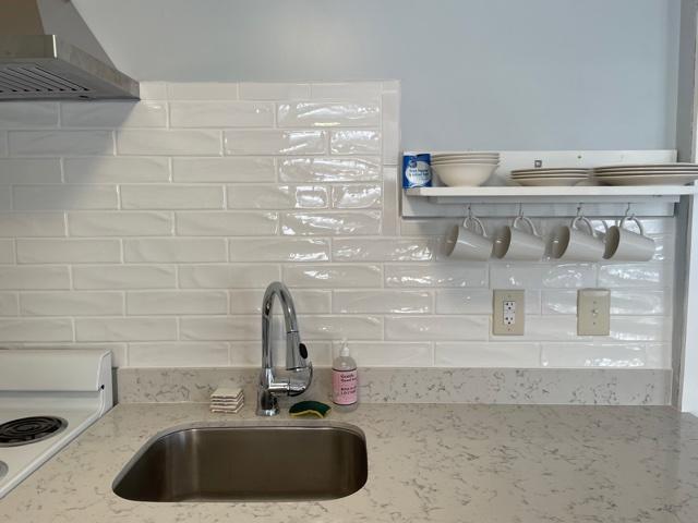Cottage-kitchen sink- dishes