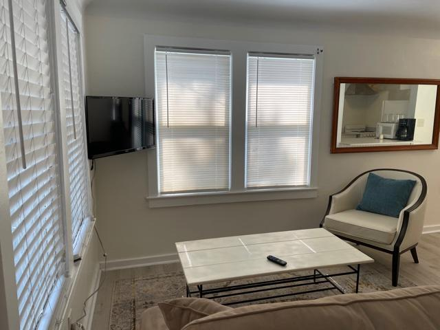 cottage- living room sitting area