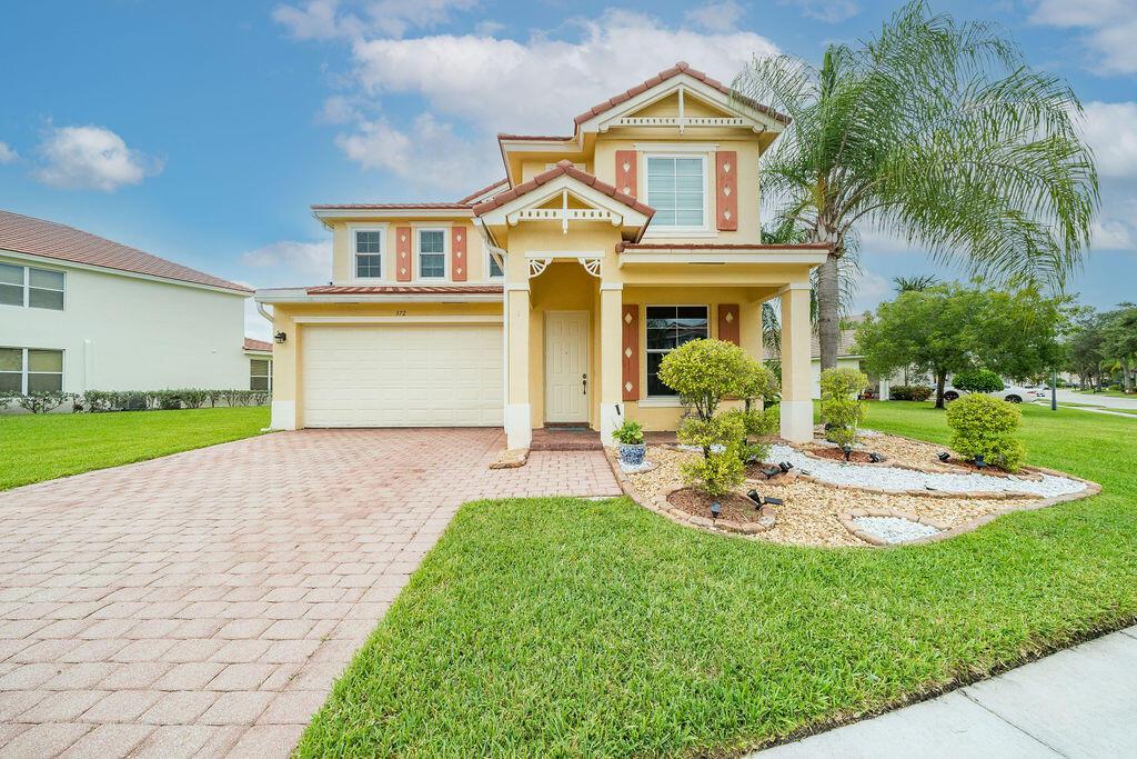 372 Belle Grove Lane Royal Palm Beach, FL 33411