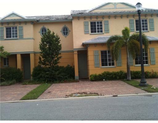2037  Nassau Drive 2037 For Sale 10738651, FL