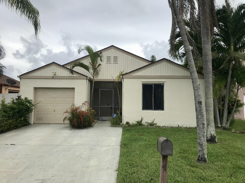 4 Caston Way Boynton Beach, FL 33426