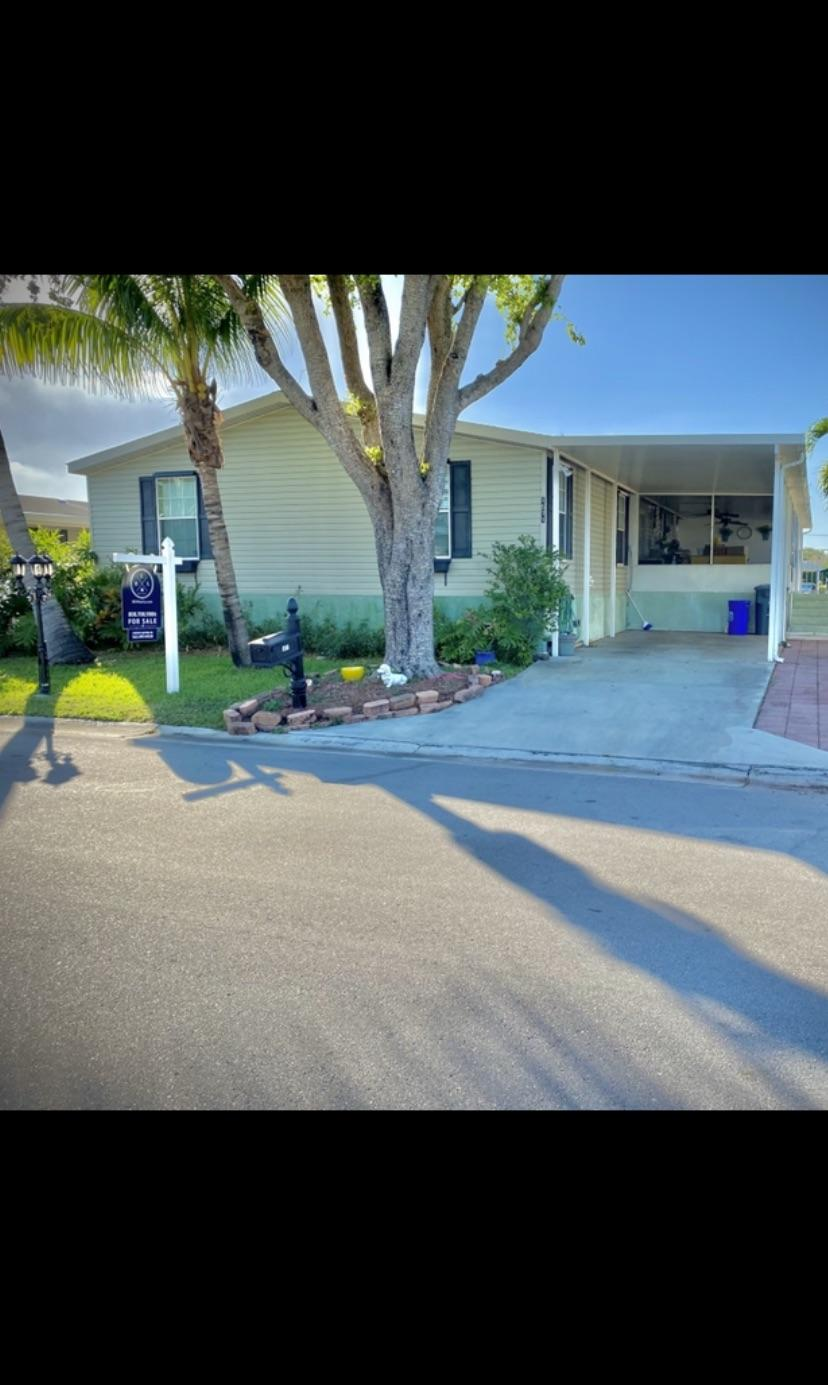 1571 SW 65th Terrace  For Sale 10738725, FL