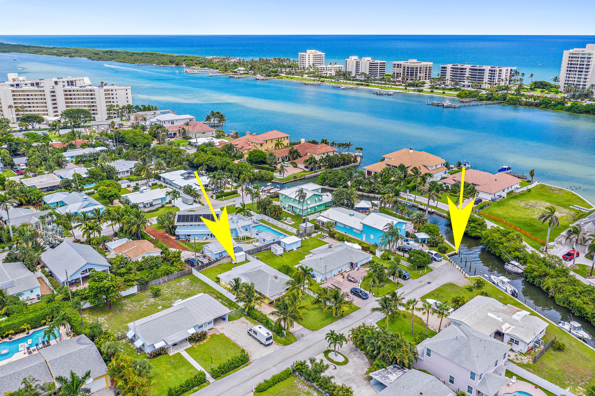 Home for sale in Jupiter Heights - Tequesta Jupiter Florida