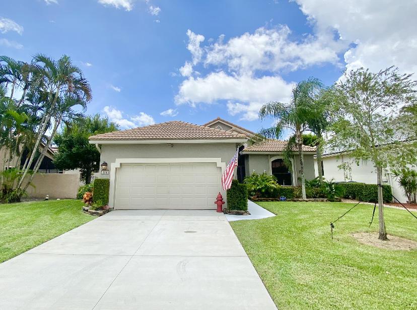 10347 Lexington Circle Boynton Beach, FL 33436
