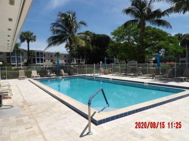 Ocean Parks A307 041