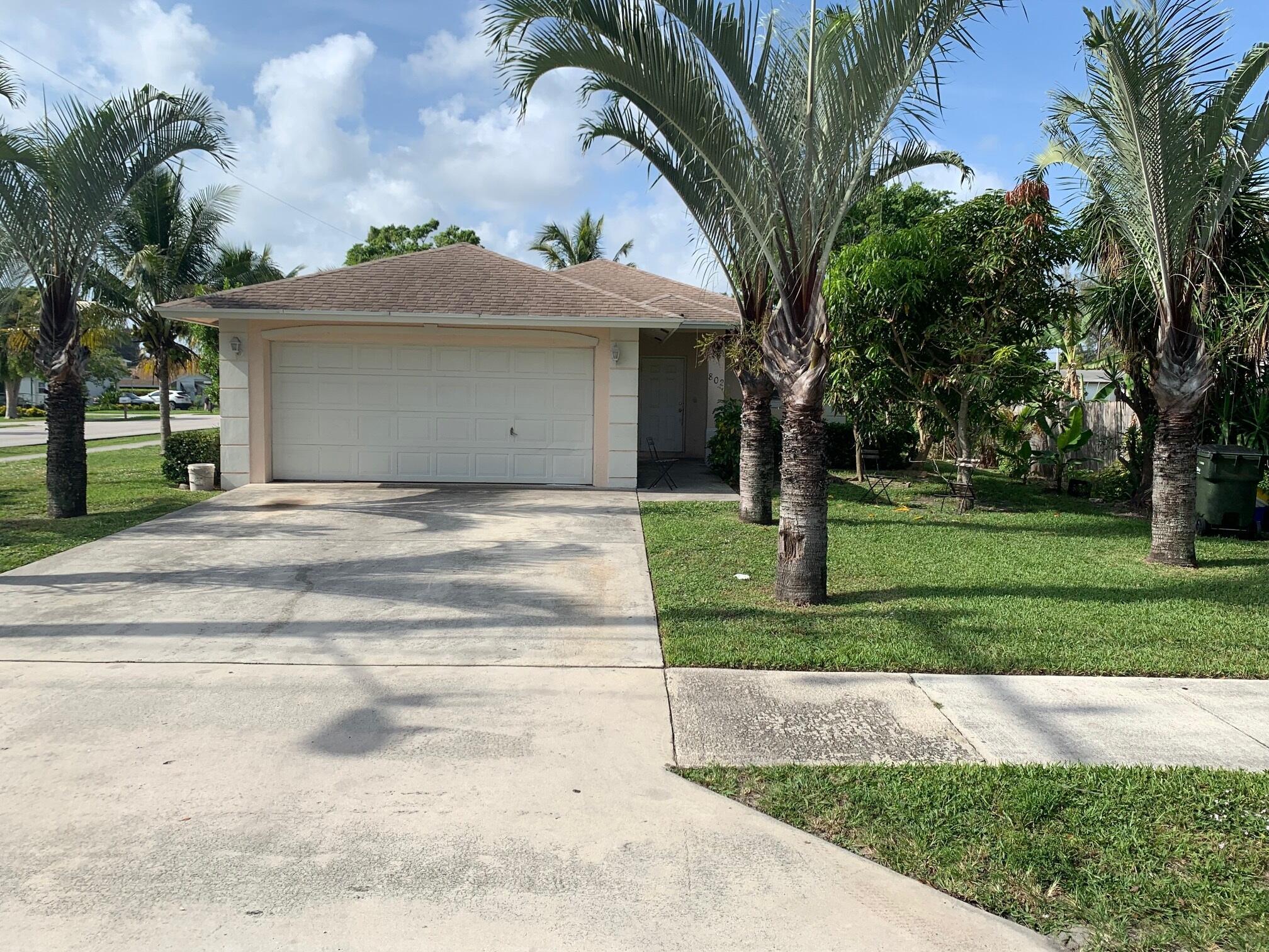 802 SW 3rd Street  For Sale 10738965, FL