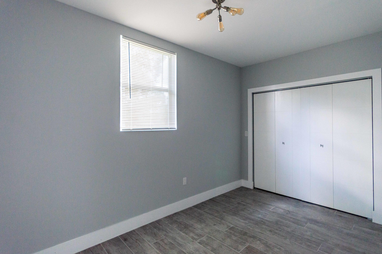 Den/Bedroom 4