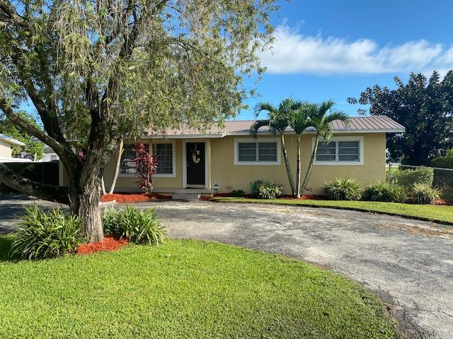 Home for sale in NORTHMOOR GARDENS Belle Glade Florida