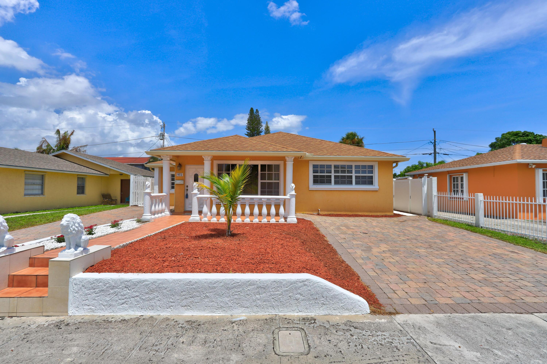 951  Green Street  For Sale 10738985, FL