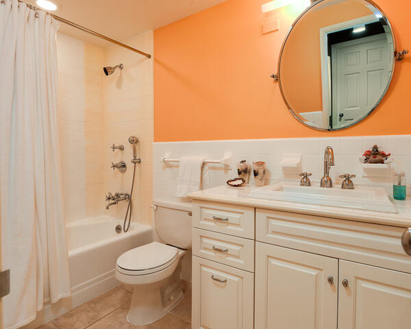 250 Bradley Pl 609 - Bathroom 2