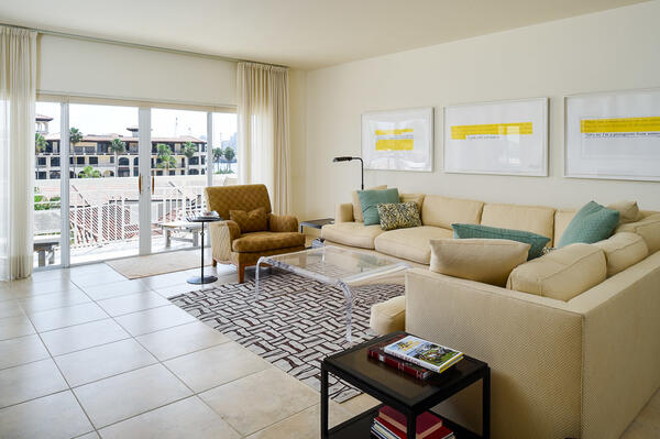 250 Bradley Pl 609 - living room 1