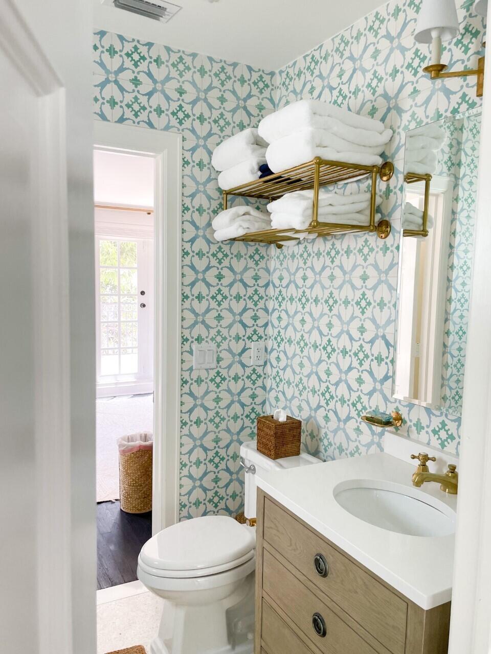 thumbnail_178 Guest Bath