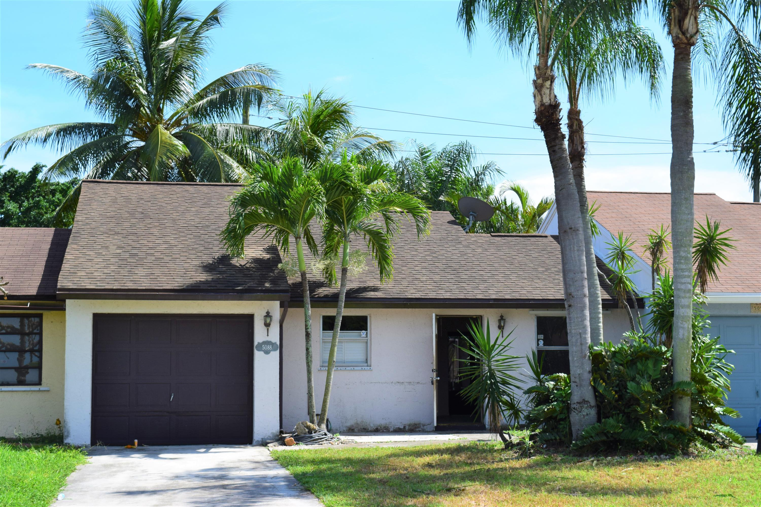Home for sale in LEES CROSSING 1 TWNHS Lake Worth Florida