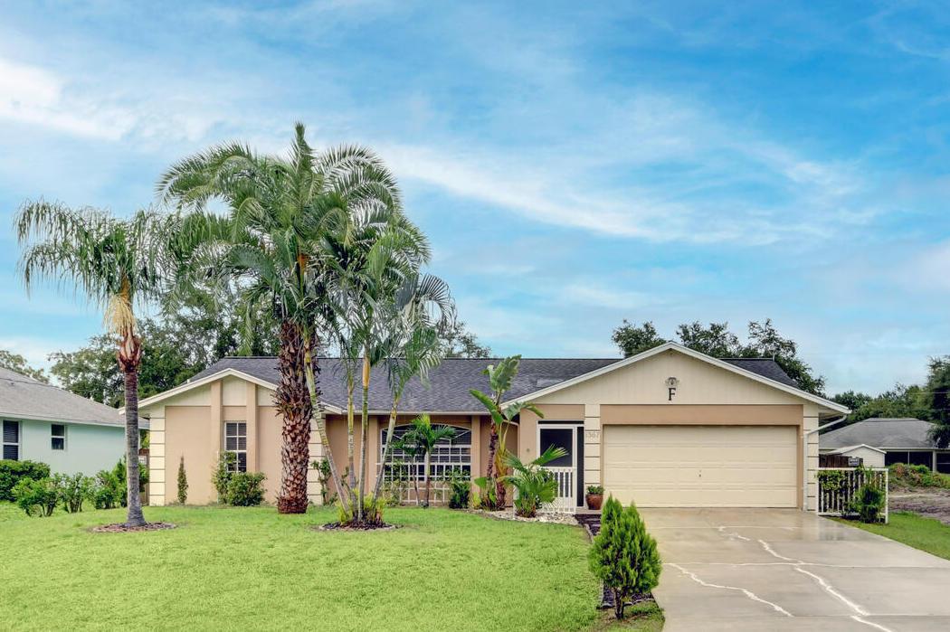 1367 SW Granville Avenue Port Saint Lucie, FL 34953
