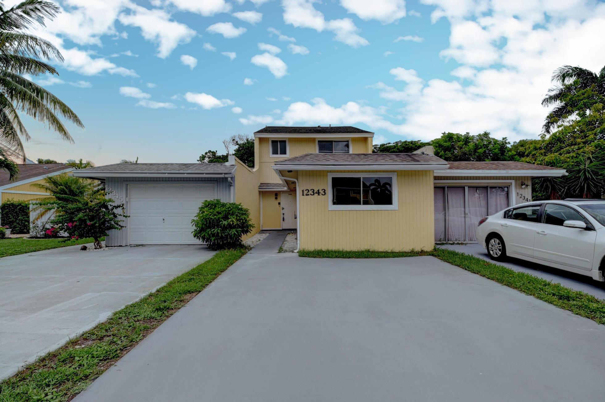 12343  Westhampton Circle  For Sale 10739283, FL
