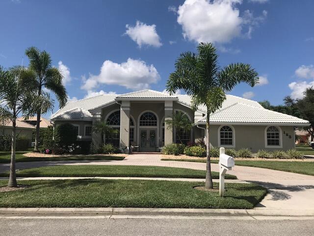 123 Kapok Crescent Royal Palm Beach, FL 33411