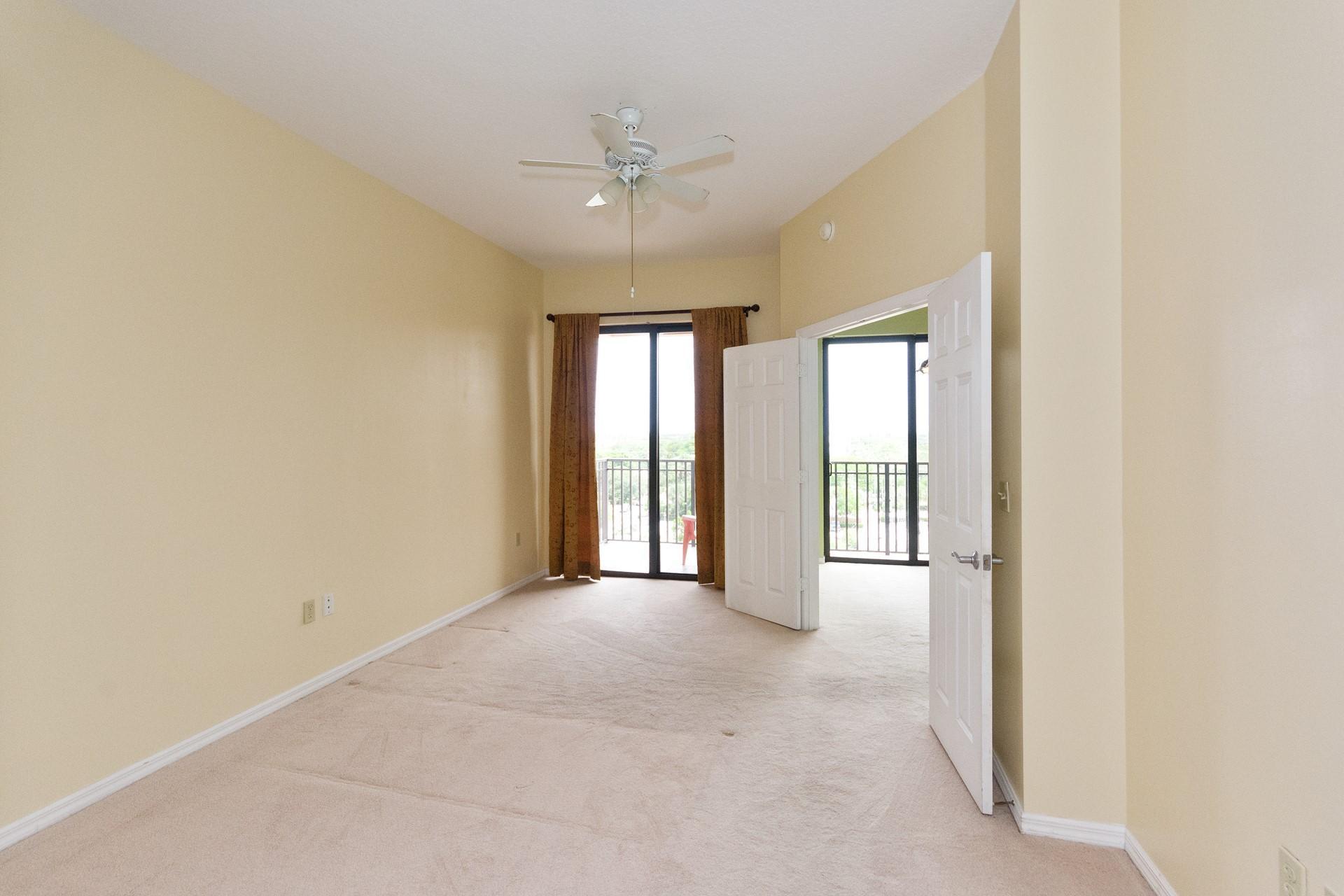 Primary Bedroom-before new flooringd