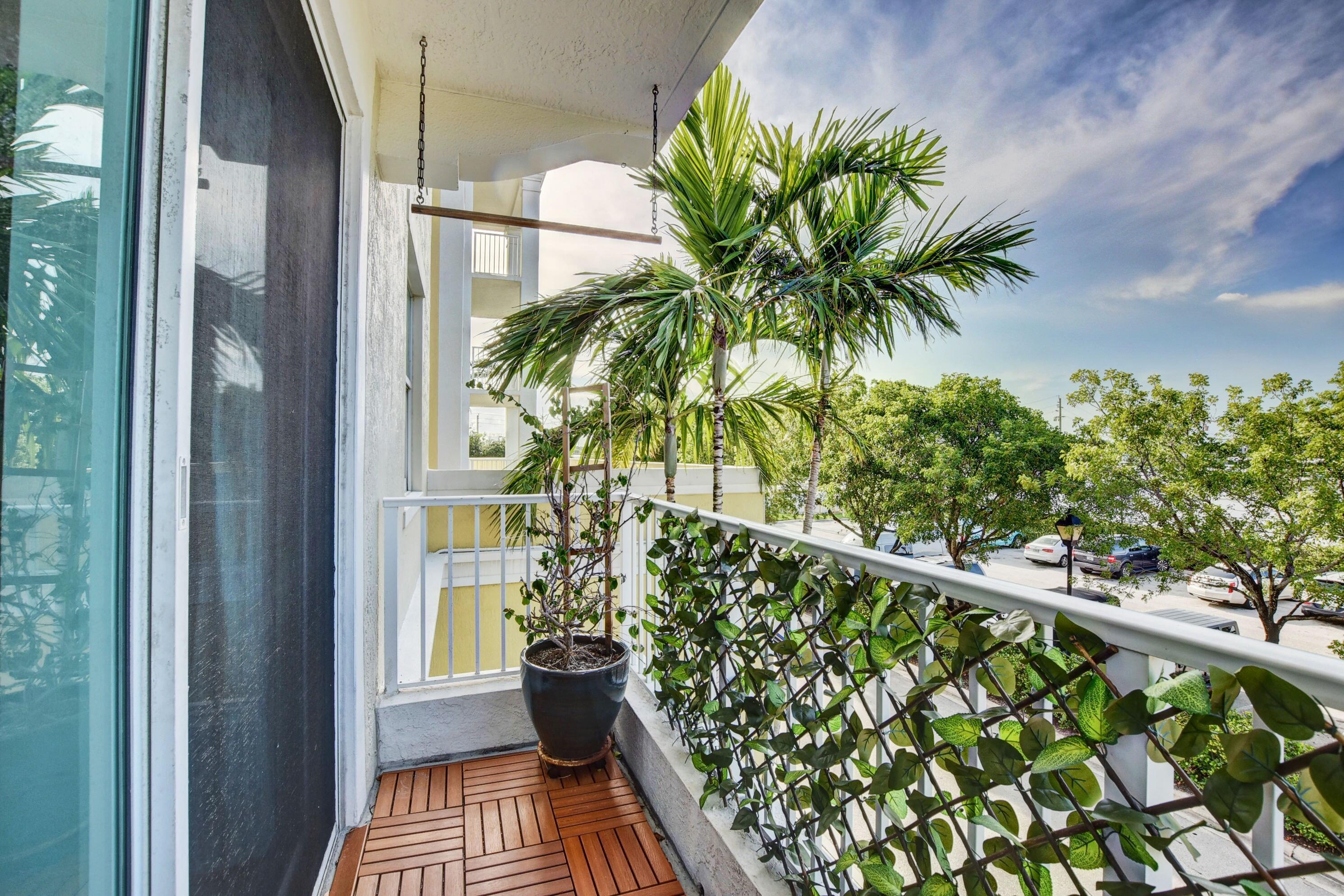 6.2 Balcony