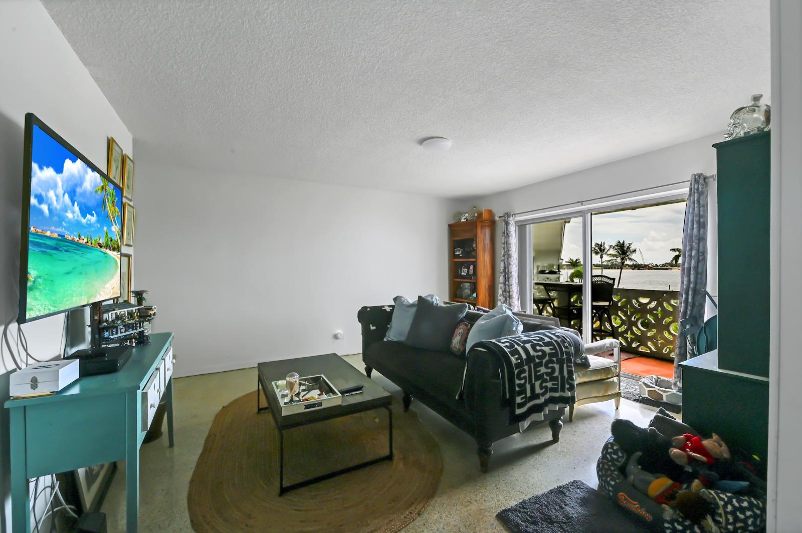 05 Living room 02