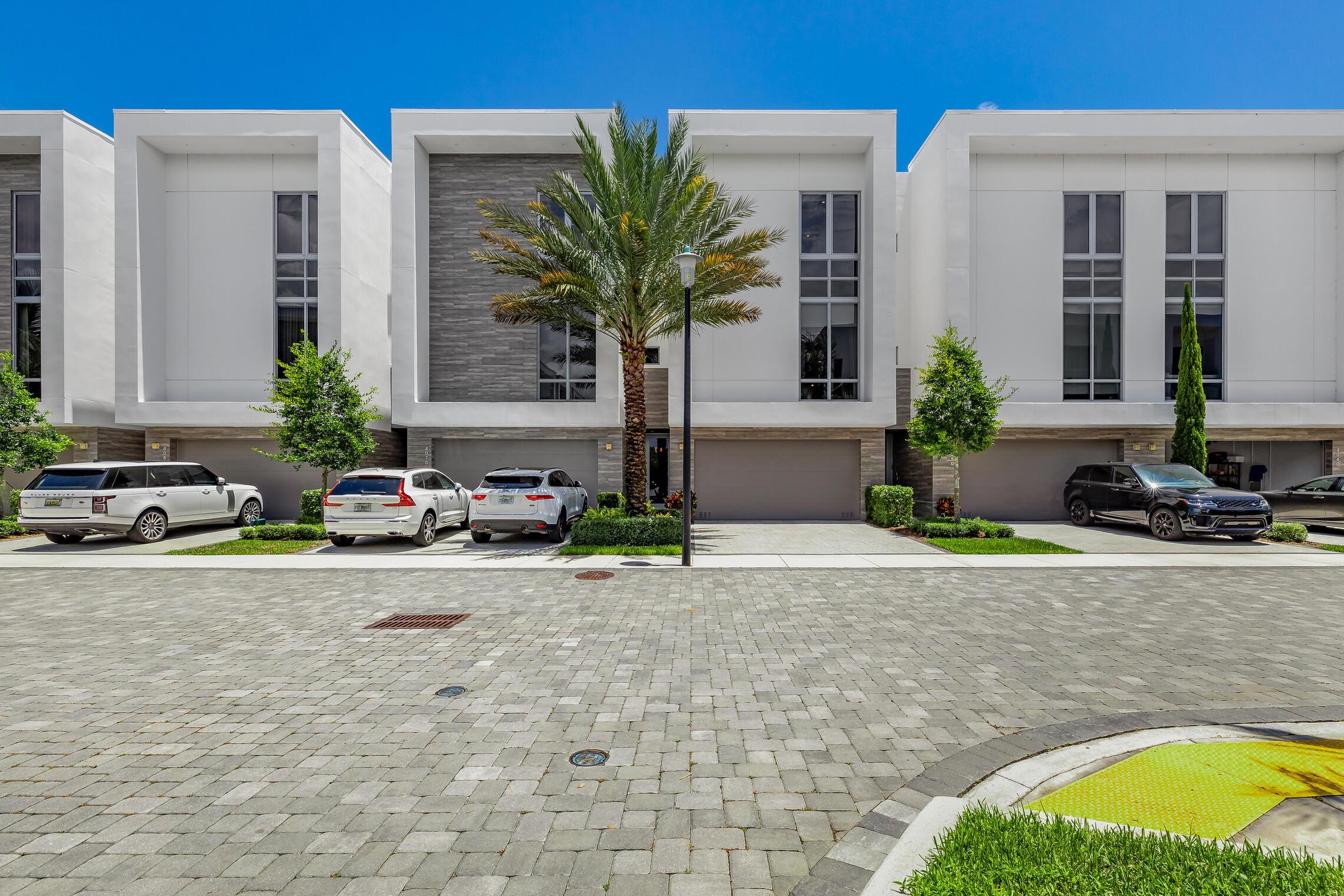 4060 NW 17th Avenue, Boca Raton, FL 33431