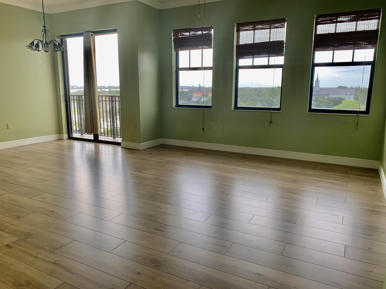 Living Dining & Views-new flooring
