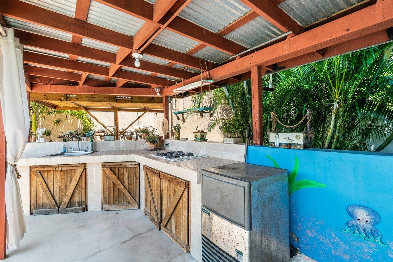 Covered Outdoor Cook Area