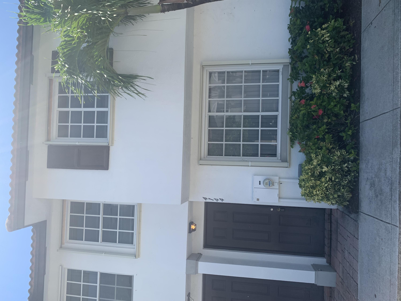 Photo of 4144 Napoli Lake Drive, Riviera Beach, FL 33410