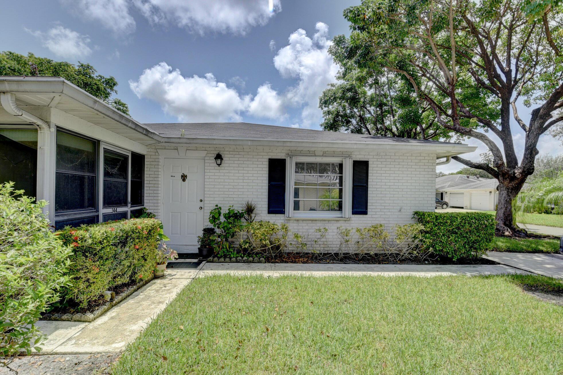 10096  42nd Terrace 144 For Sale 10727435, FL