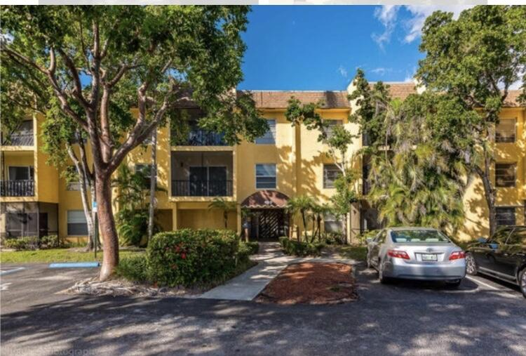 460 NW 20th Street Street 1060 For Sale 10740005, FL