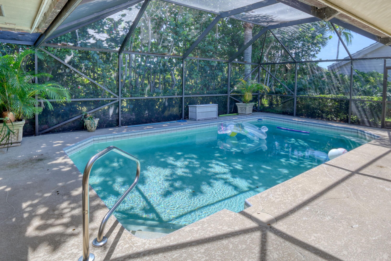5008 Whispering Hollow Palm Beach Gardens, FL 33418 photo 4