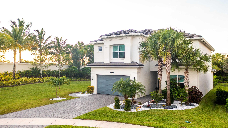 9841 Salty Bay Drive Delray Beach, FL 33446