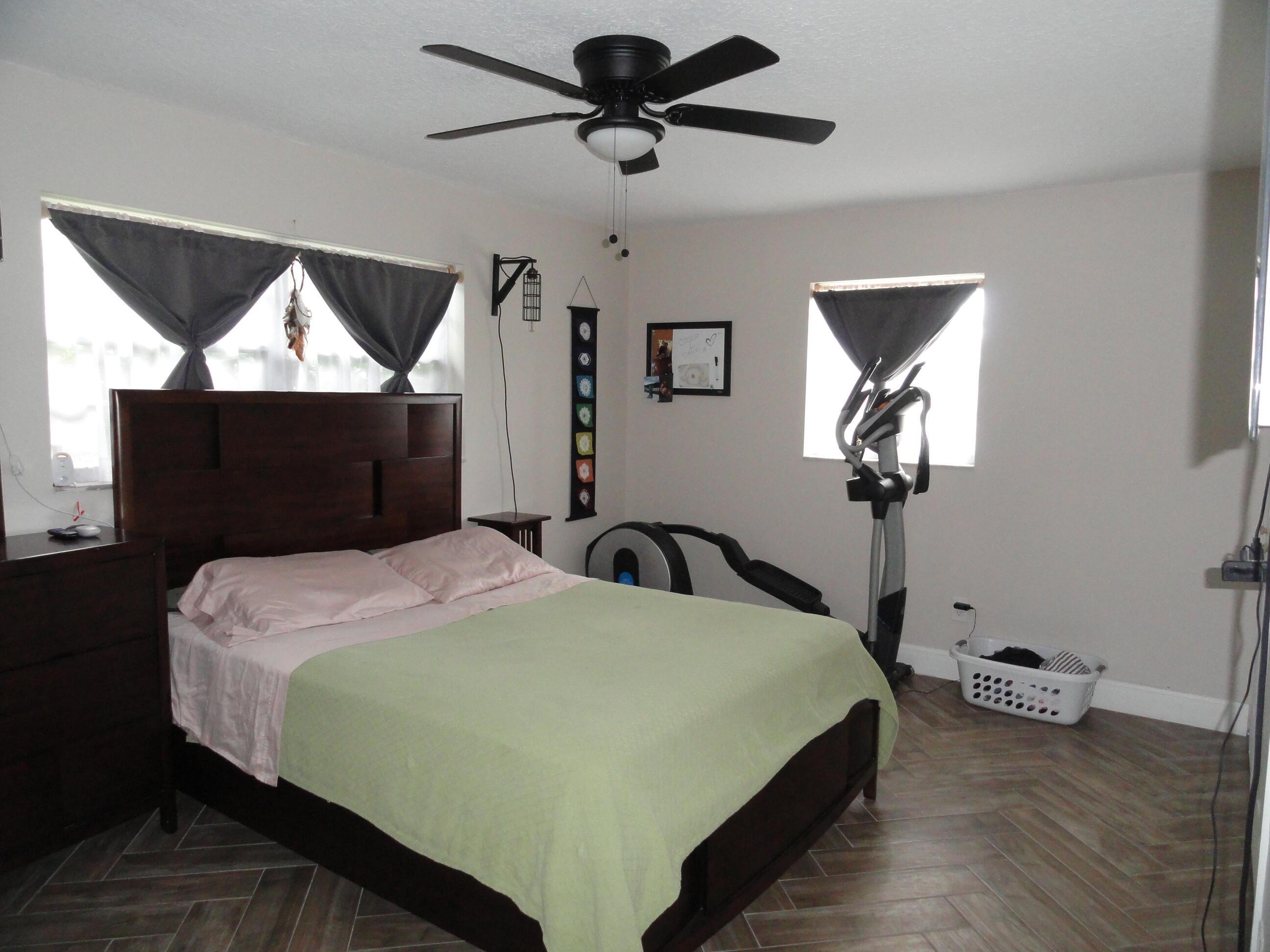 7203 Oakmont Drive Lake Worth, FL 33467 photo 8