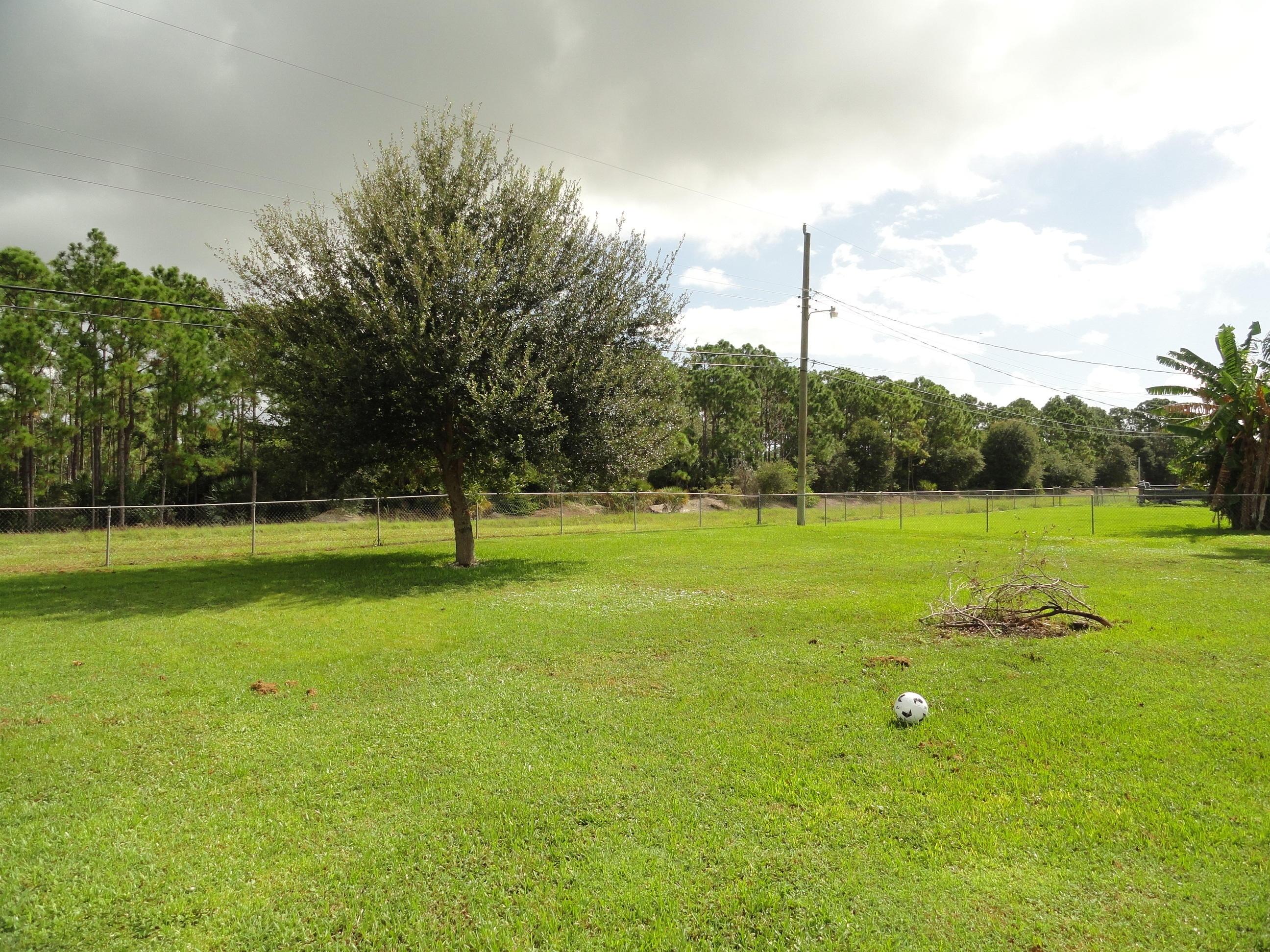 7203 Oakmont Drive Lake Worth, FL 33467 photo 11