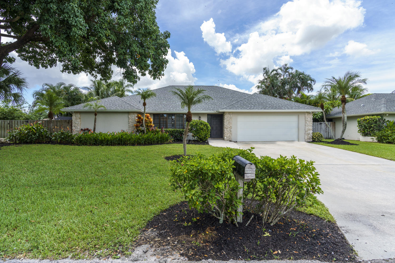 Home for sale in Garden Woods Palm Beach Gardens Florida