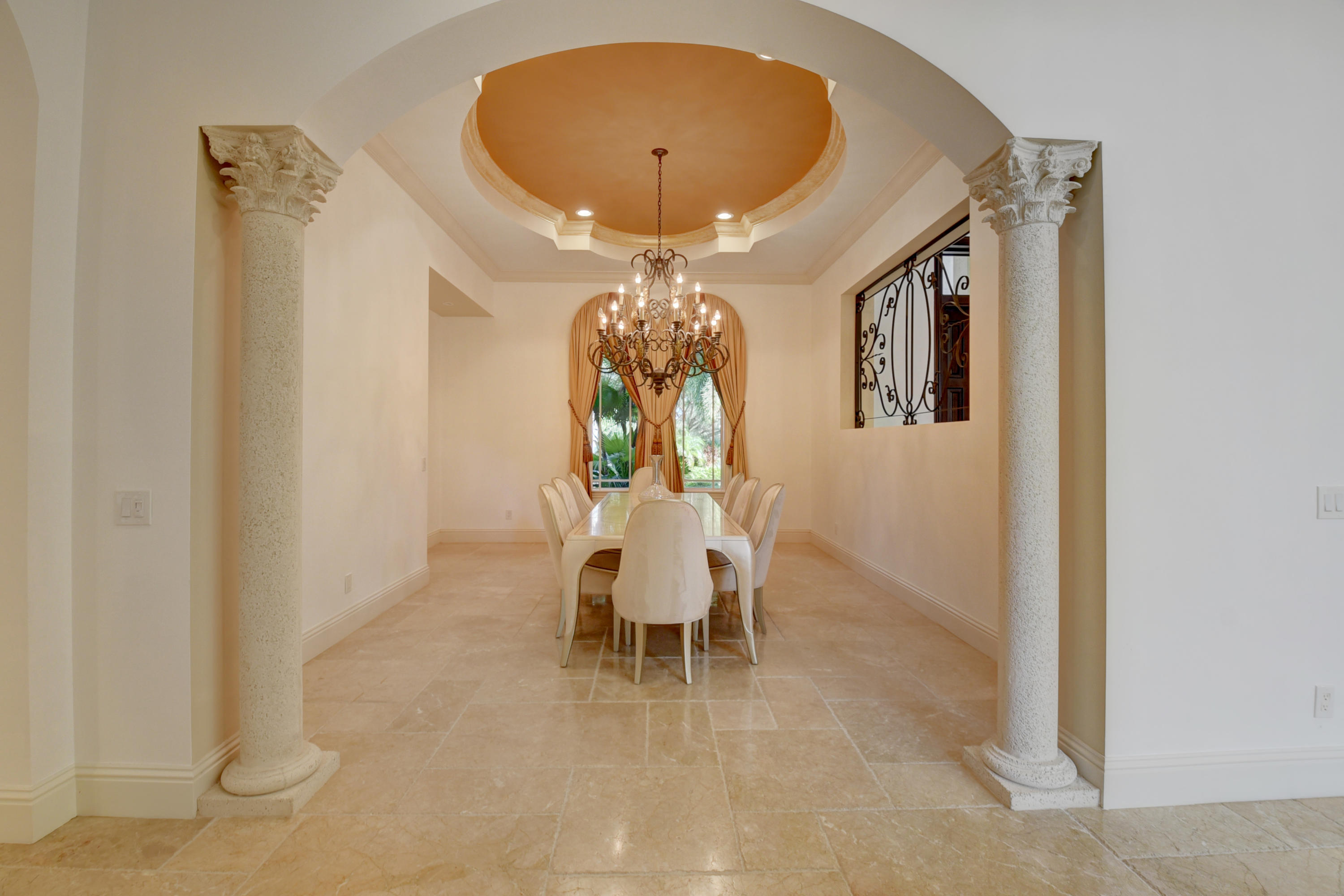 Pic - Dining Room1