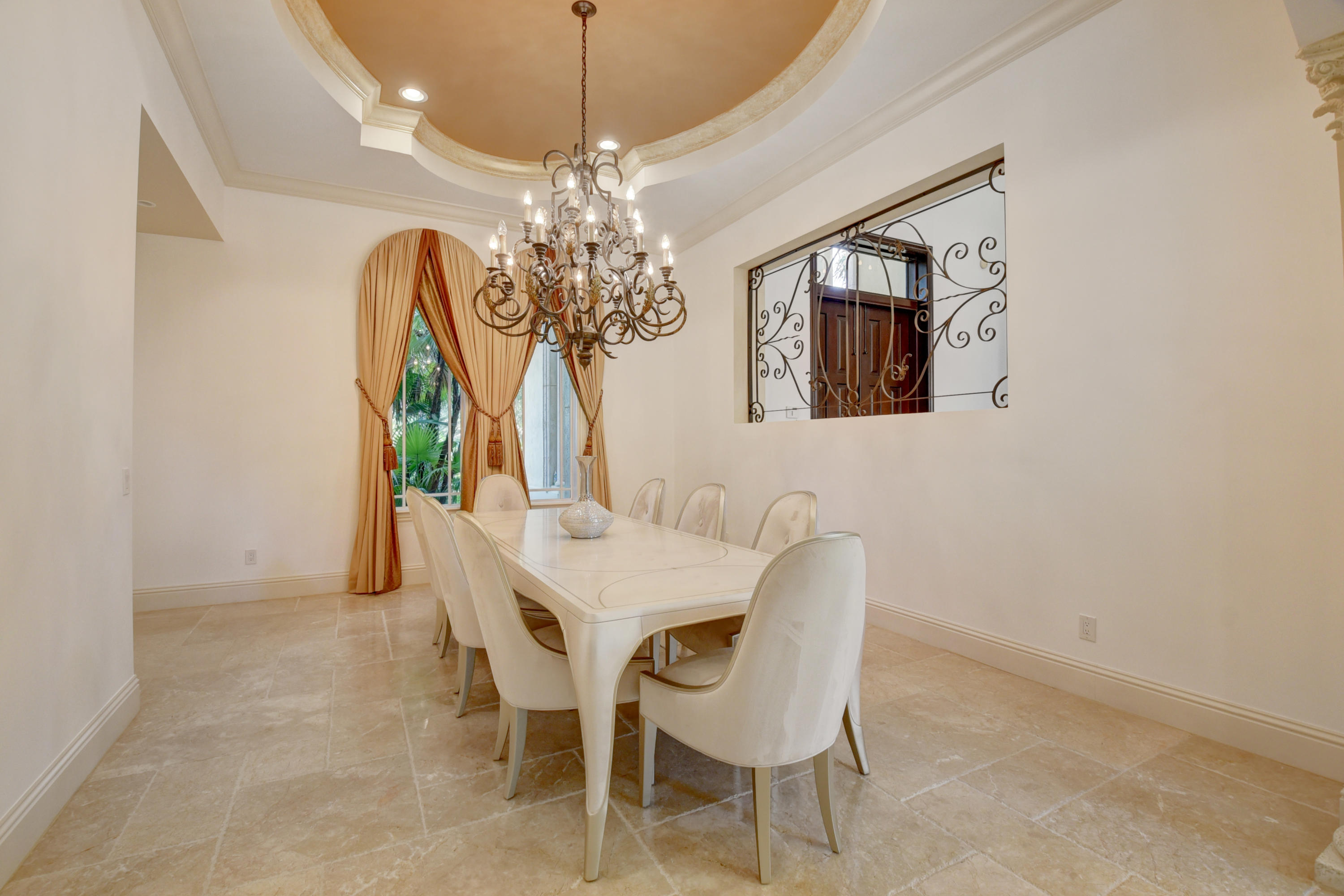 Pic - Dining Room2