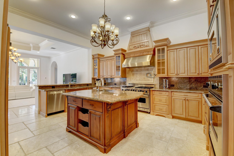 Pic - Kitchen2