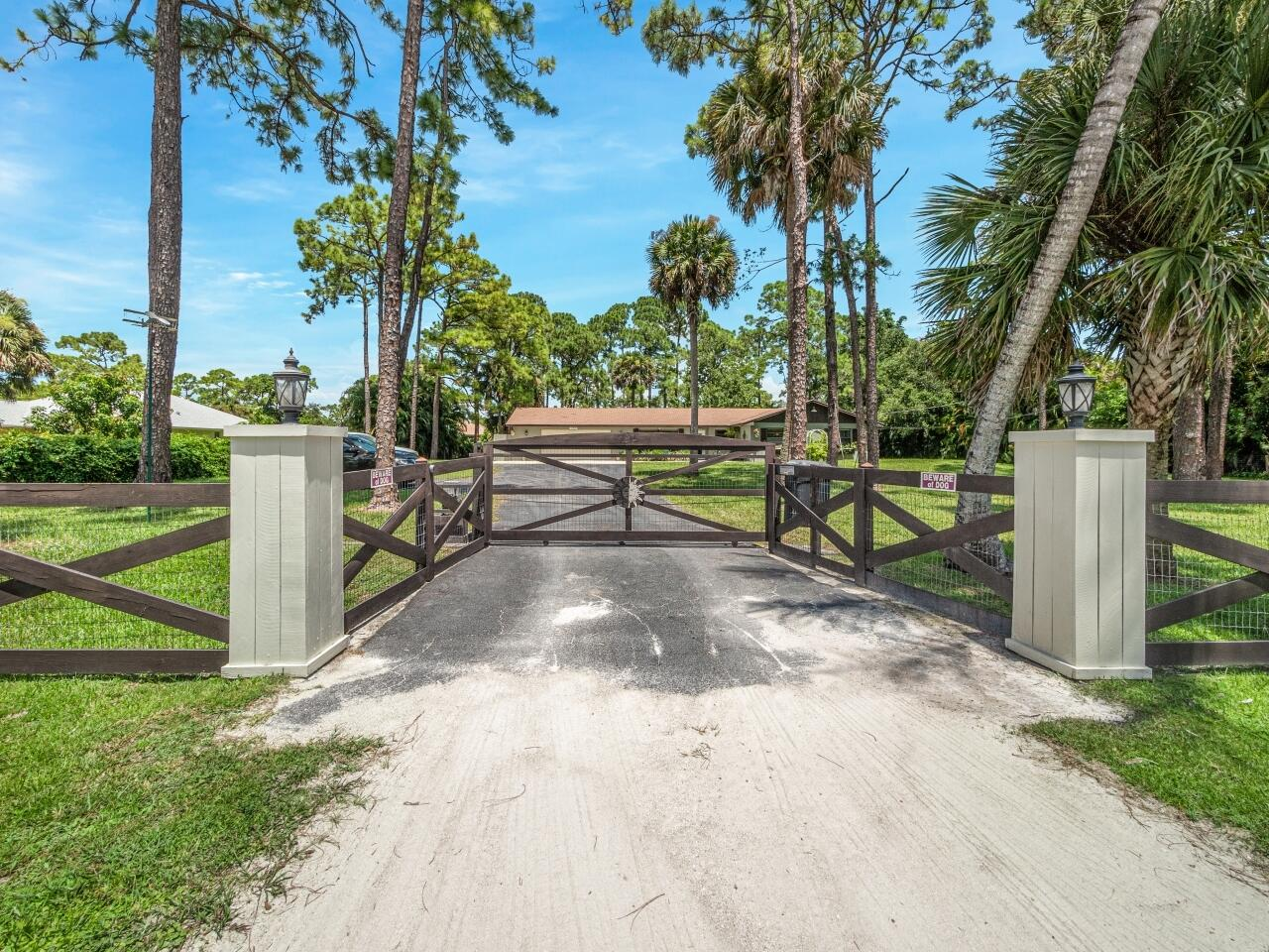 11919  56th Place  For Sale 10739270, FL