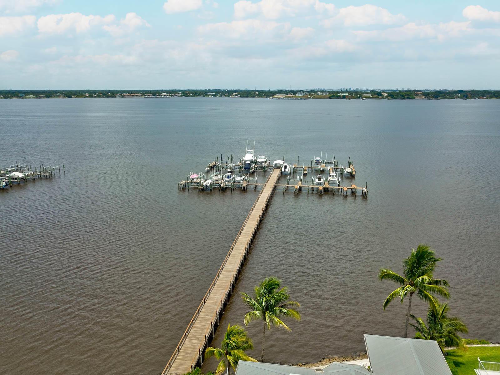 046 - Dock 2 - Four Winds