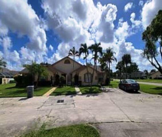 9407  Boca Gardens Parkway D For Sale 10740471, FL