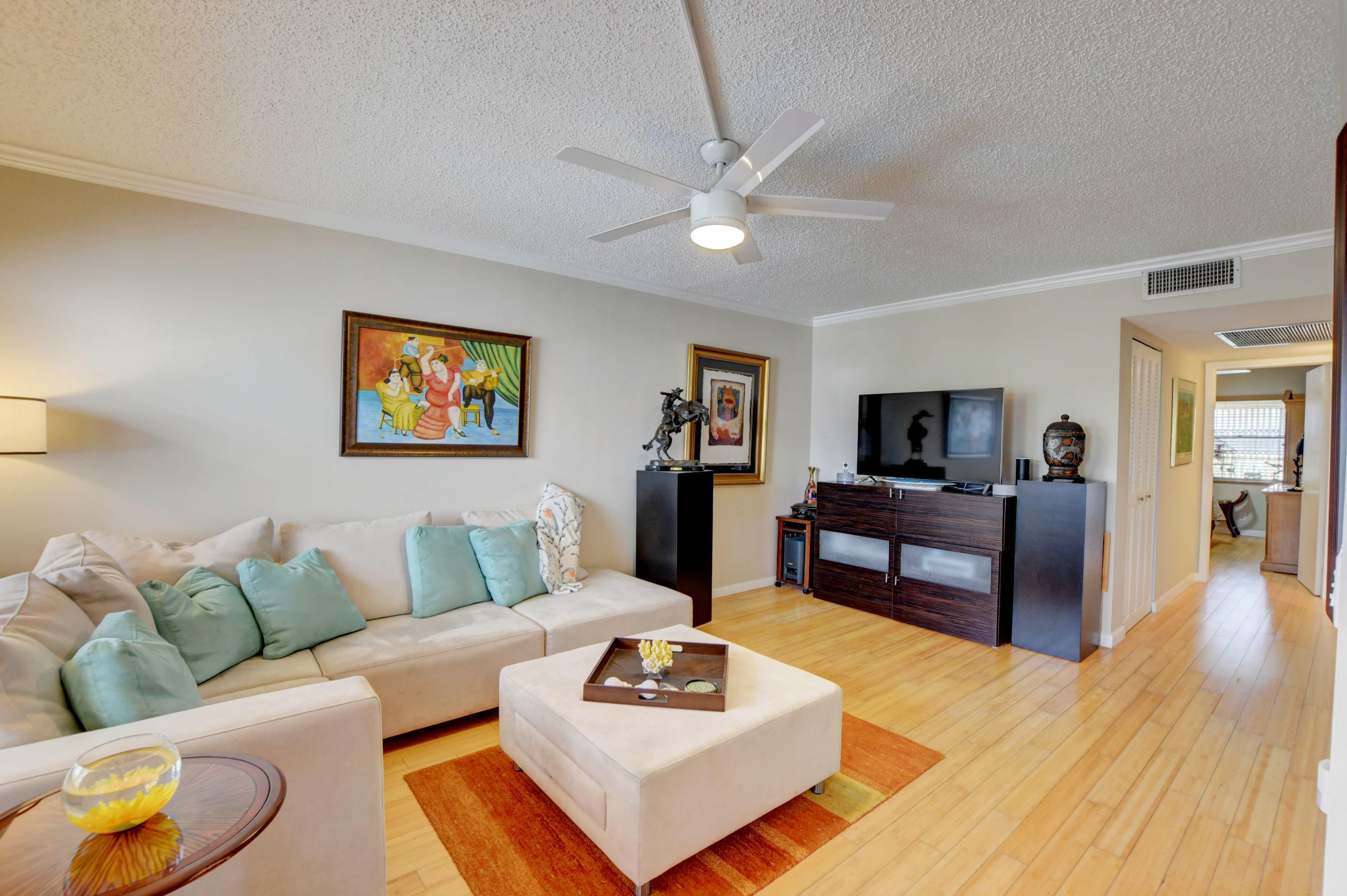 3046  Hythe C   For Sale 10740504, FL