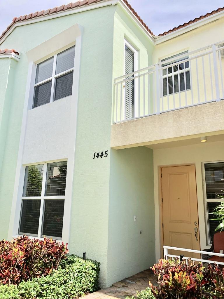 1445 NW 49th Lane  For Sale 10740213, FL