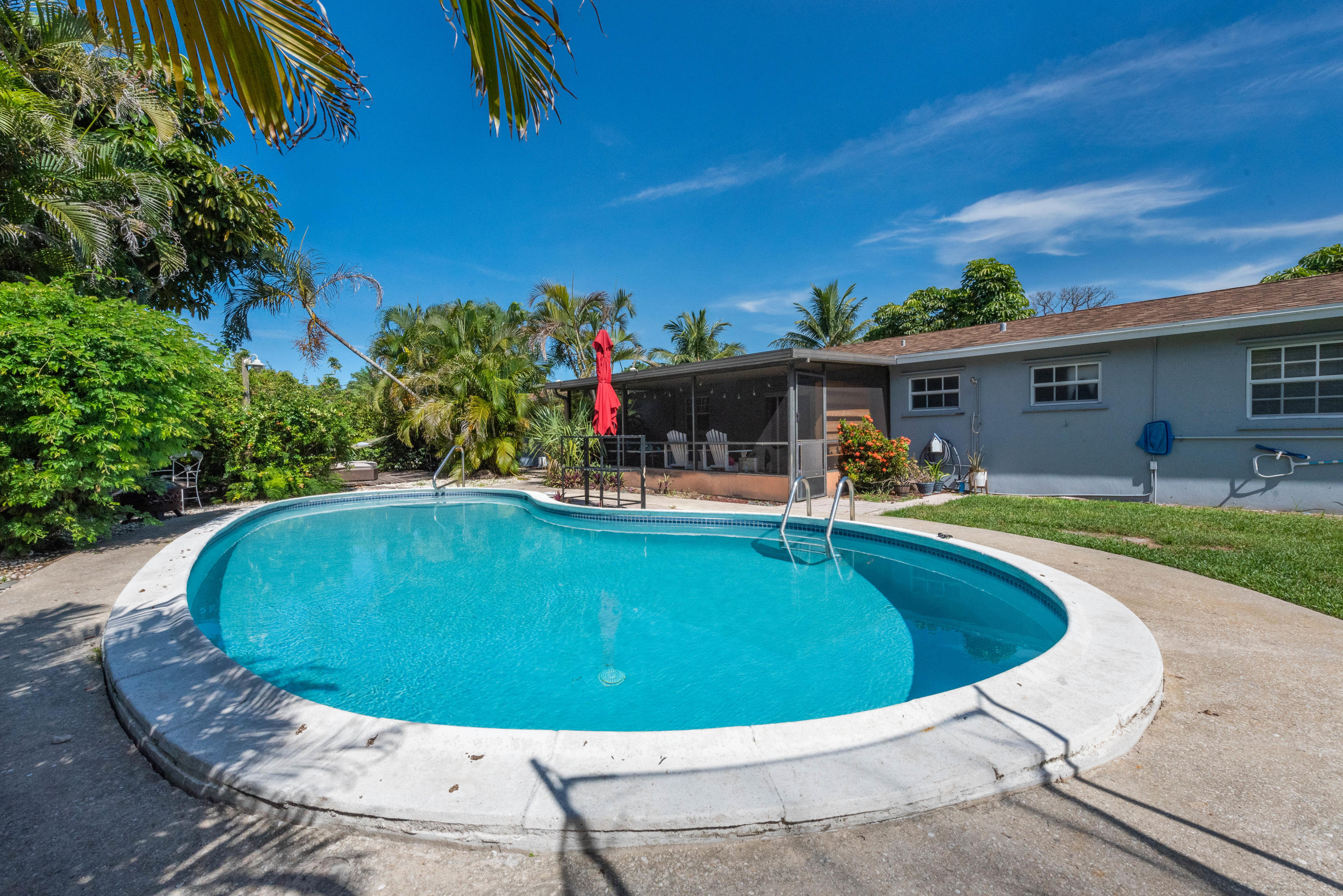 6700 Patricia Dr (32 of 36)