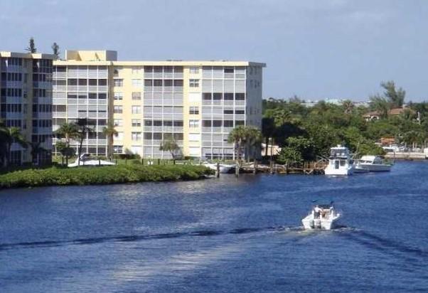 1  Harbourside Drive 4706 For Sale 10740683, FL