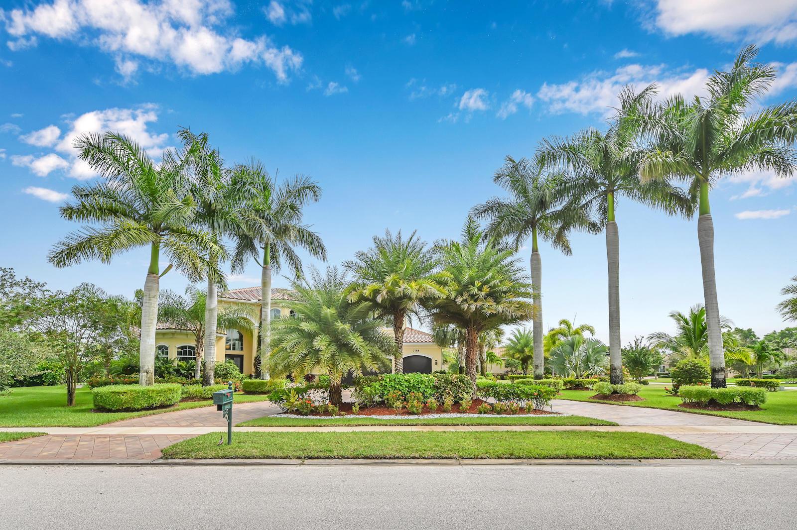 7748 Maywood Crest Drive Palm Beach Gardens, FL 33412