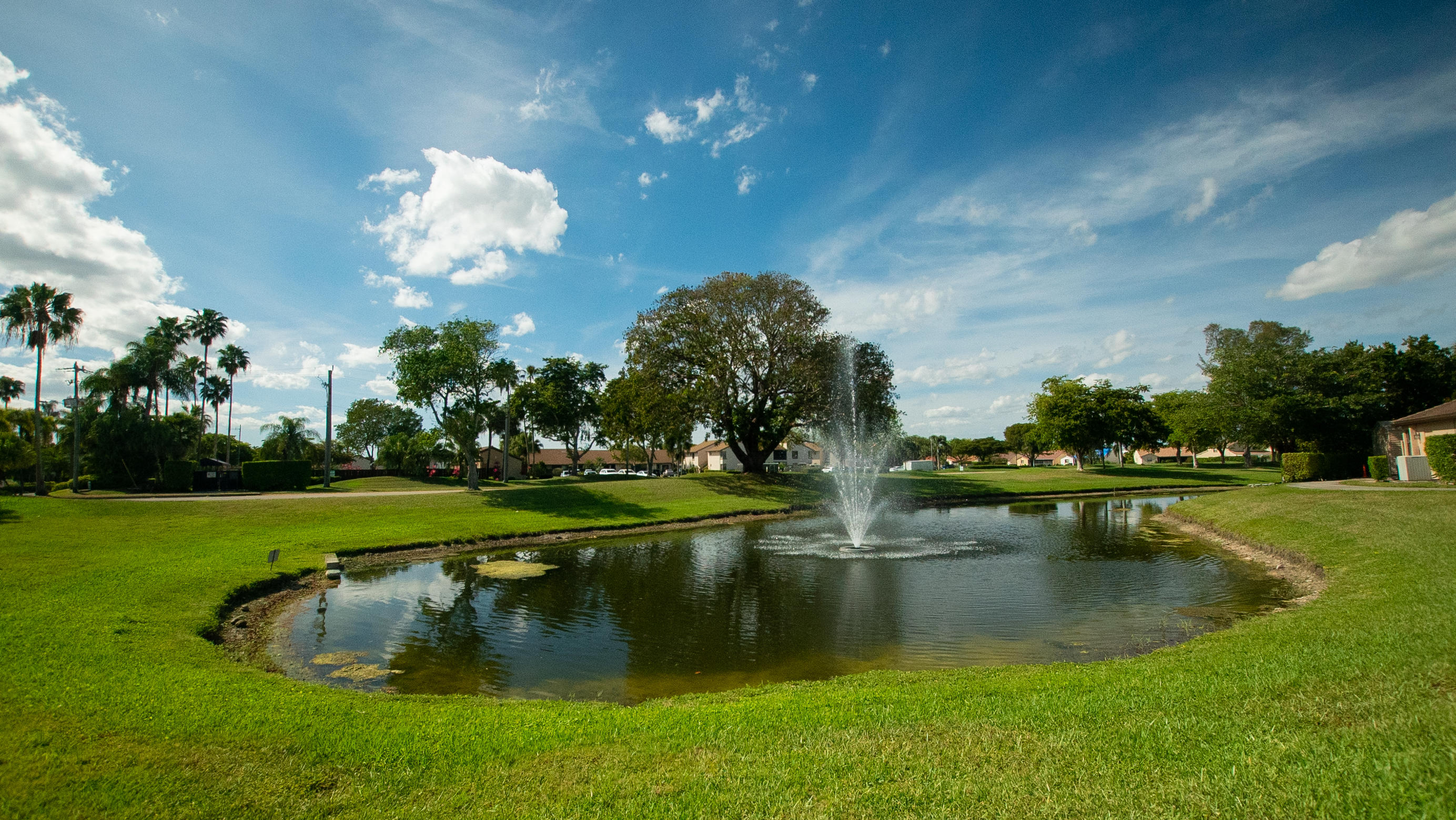 East Side Lake and Fountain