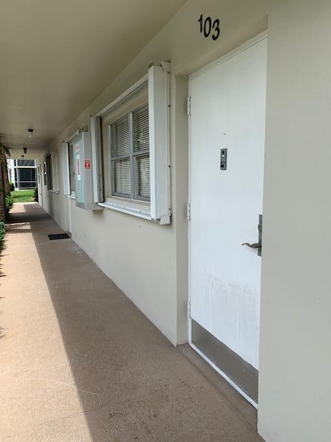 23 Front Door Looking West